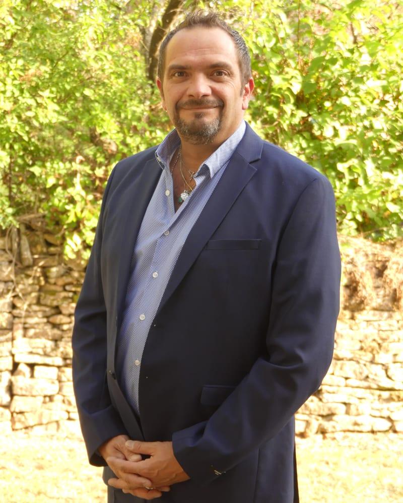 Portrait Herve Klipfel Hypnotherapeute Formateur IFHE Paris Lyon
